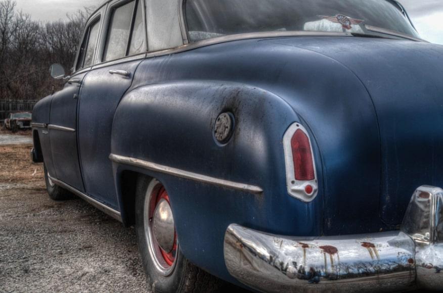 eliminare macchie vernice smalto auto