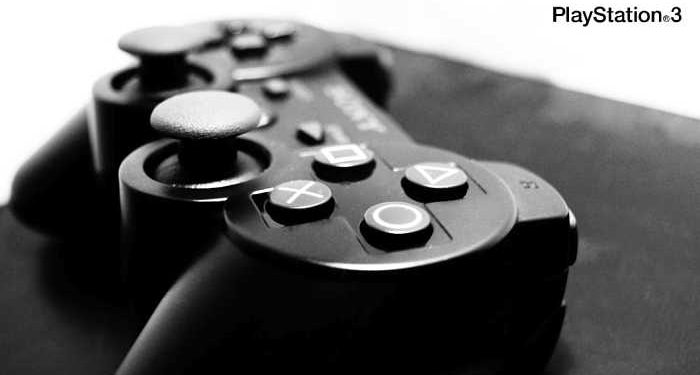 Play Station 3 consolle e pad