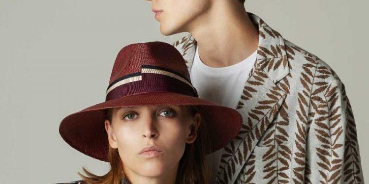 ragazzi con cappello