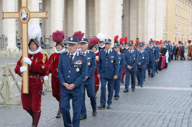 Come trovare lavoro nella Gendarmeria Vaticana
