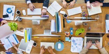 tavolo di coworking