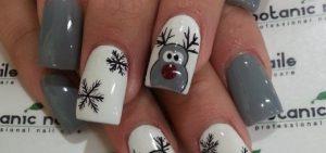 Nail art Natale renne