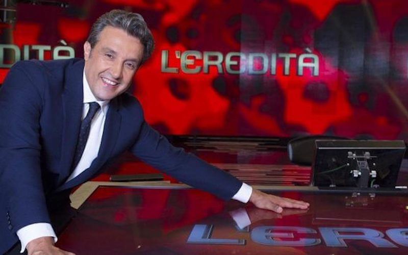 Presentatore Eredità Flavio Insinna