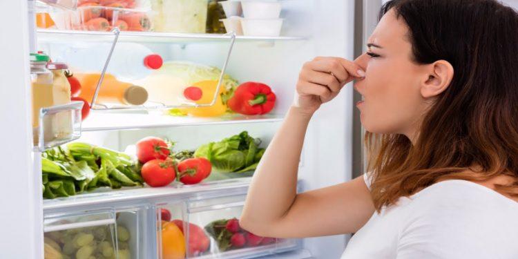 frigo-profumi-eliminare