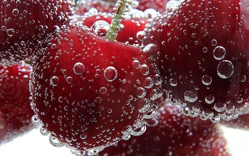 Frutta con tanta acqua