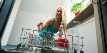 montare la lavastoviglie