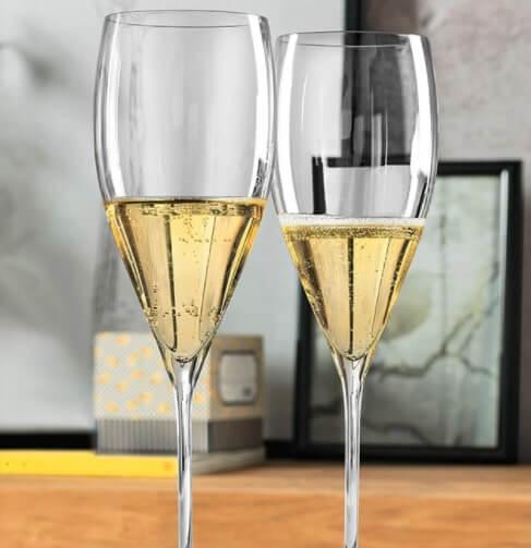due calici champagne riedel grape