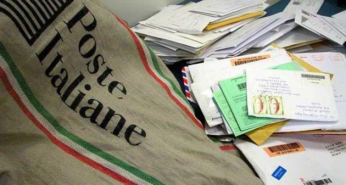 sacchi di posta e lettere