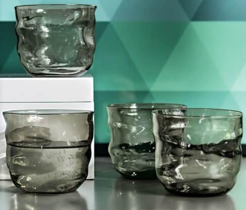sei bicchieri acqua